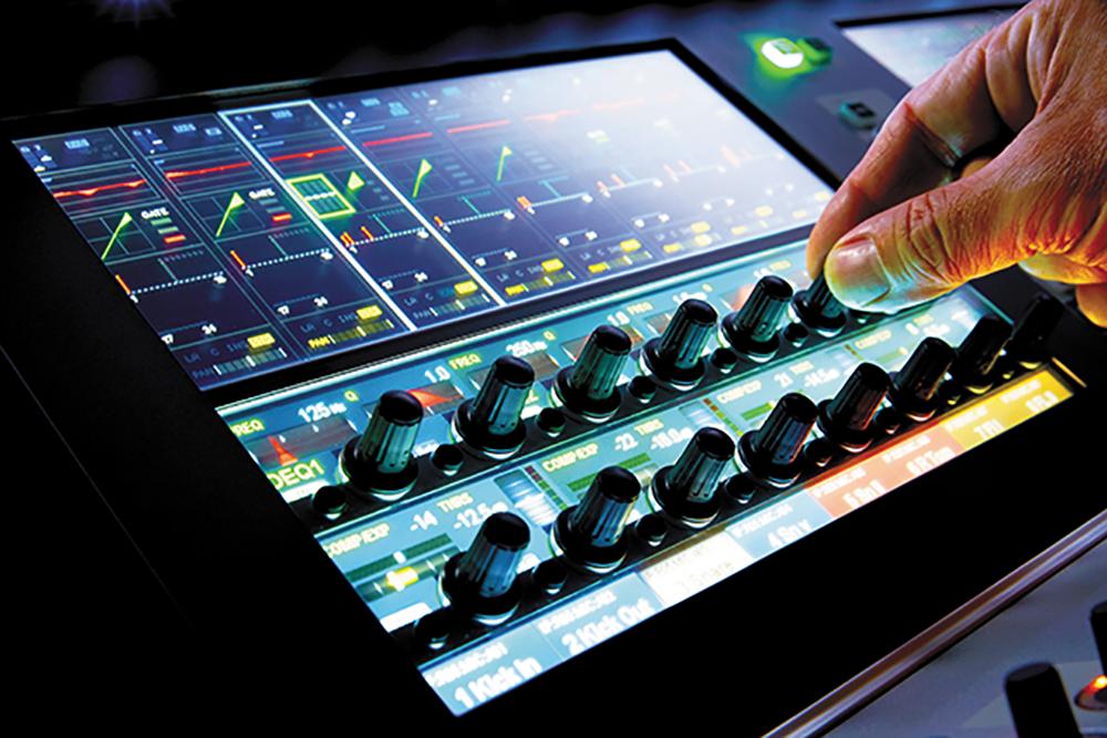 Новая цифровая консоль Soundcraft Vi1000