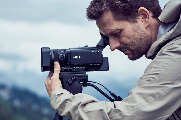 Новинка: видеокамера Sony Handycam FDR-AX700 с записью 4К HDR